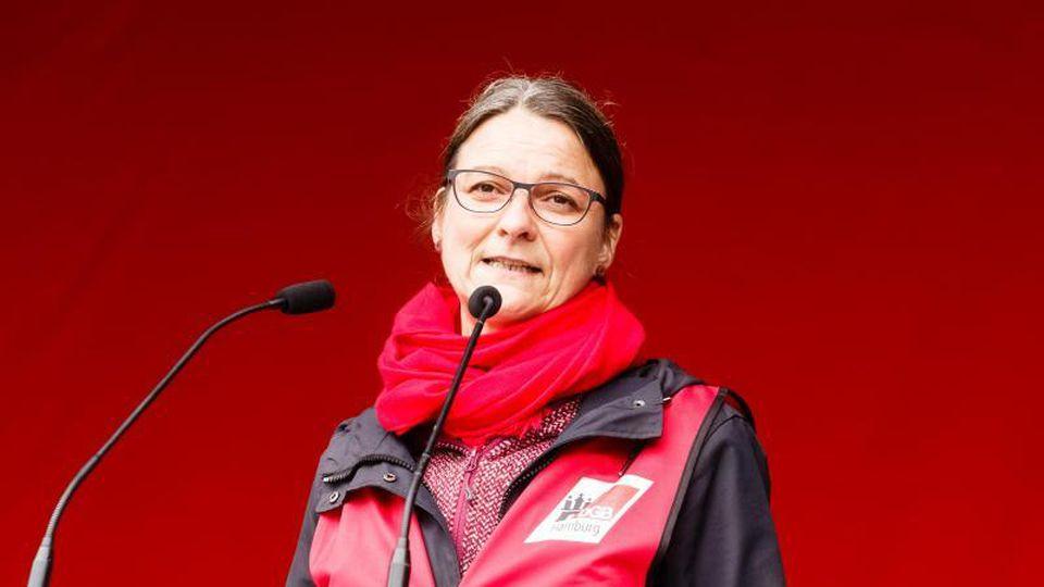 Hamburgs DGB-Vorsitzende Katja Karger. Foto: Markus Scholz/dpa/Archivbild