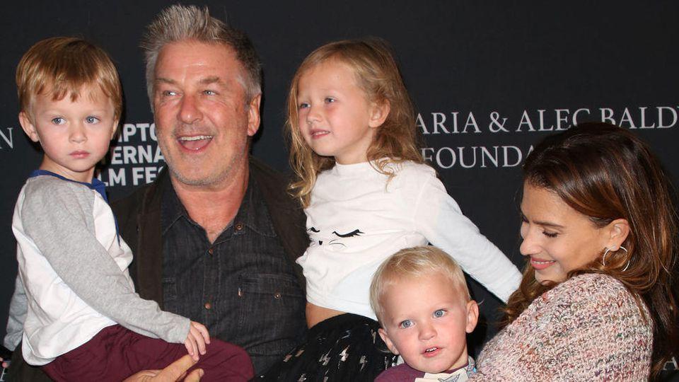 Bald haben sie fünf gemeinsame Kinder: Alec und Hilaria Baldwin
