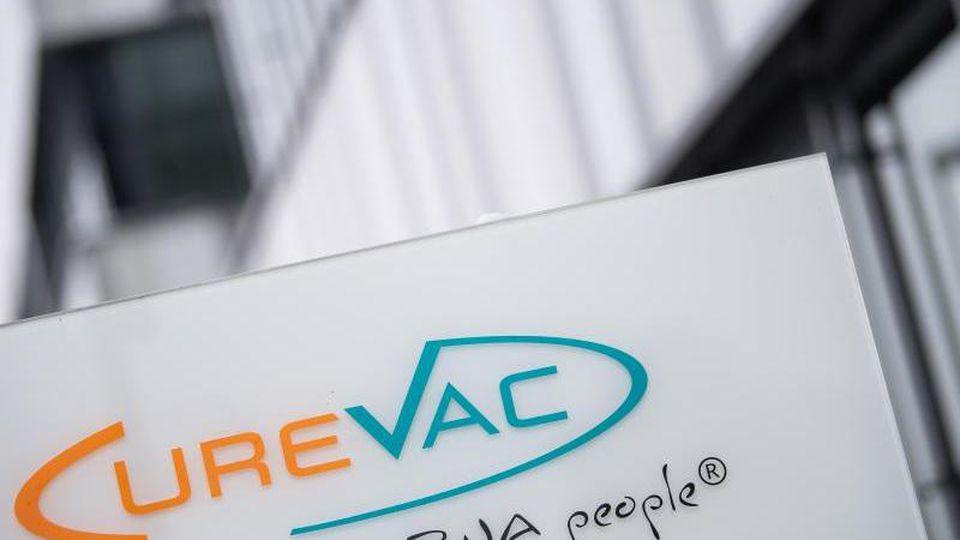 Der Corona-Impfstoff vonCurevac könnte zum Sommer auf den EU-Markt kommen. Foto: Sebastian Gollnow/dpa/Symbolbild