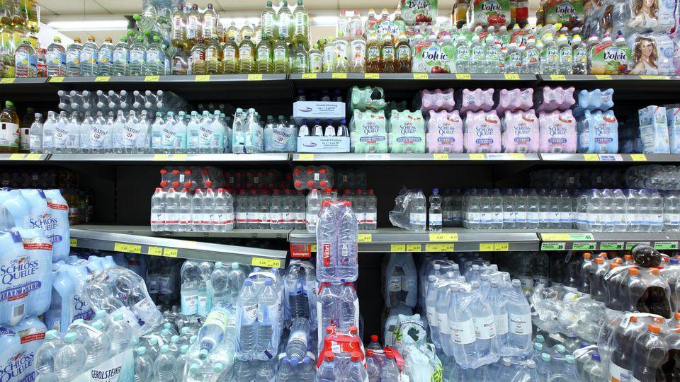 Öko-Test hat 53 Mineralwassersorten untersucht. Nur die Hälfte war zu empfehlen.