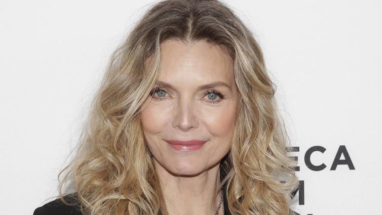 Michelle Pfeiffer zeigt ein seltenes Foto von sich und Tochter Claudia.