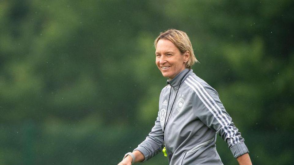 Trifft mit dem DFB-Team auf Schweden: Trainerin Martina Voss-Tecklenburg. Foto: Sebastian Gollnow