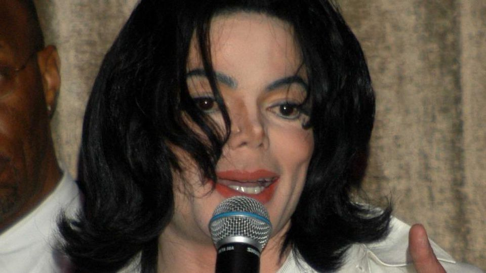 "Michael Jacksons Familie streitet alle Aussagen in ""Leaving Neverland"" vehement ab"