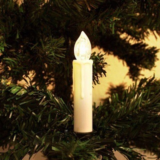 Die 50er Weihnachtsbaumbeleuchtung kabellos ist sehr einfach zu montieren im Test