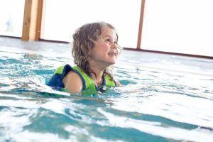 Folgende Eigenschaften sind in einem Schwimmweste Test wichtig
