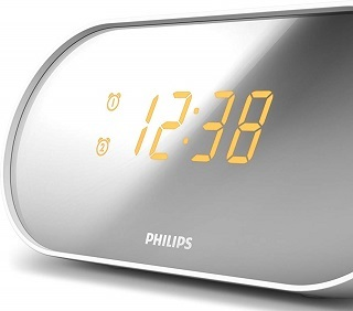 Der AJ2000 Radiowecker von Philips sieht sehr modern aus im Test