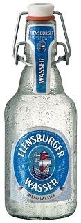 Das Flensburger - Wasser Mineralwasser kommt in einer Glasflasche im Test