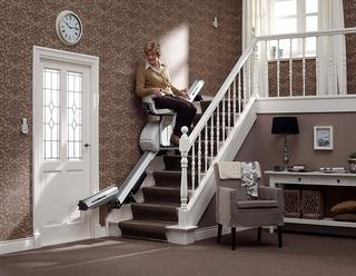 Die besten Alternativen zu einem Treppenlift im Test und Vergleich