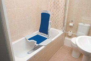 Welche Arten von Badewannenlift gibt es in einem Testvergleich?