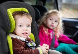 Welche Arten von Kindersitz ab 15kg gibt es in einem Test?