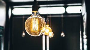 Wie viel Euro kostet ein Günstige Stromanbieter Testsieger im Online Shop?