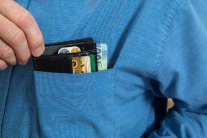 Wie viel Euro kostet eine kostenlose Kreditkarte Testsieger im Internet?