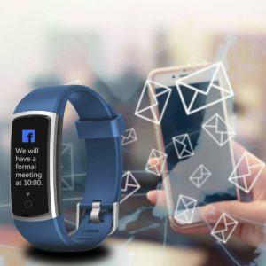 Wie wird der Fitness Tracker in Kombination mit einem Smartphone verwendet im Test