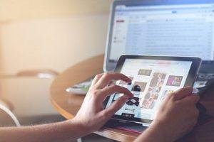 Benachrichtigungsmöglichkeiten und Website Monitoring Angebote im Test und Vergleich