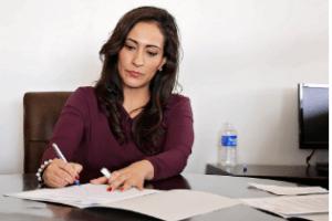Von wem können Sie ein Arbeitszeugnis erstellen lassen?