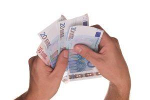 Diese Testkriterien sind in einem Auslagern der Lohn- und Gehaltsabrechnung Vergleich möglich