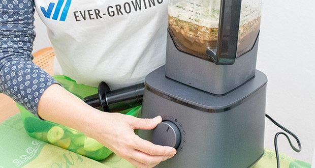 Springlane Hochleistungsmixer Hanno im Test - bei bis zu 32.000 Umdrehungen/Minute spaltet das Kraftpaket die Zellwände von Obst und Gemüse in Sekundenschnelle auf