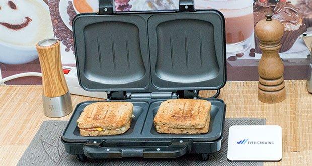 Emerio XXL Sandwichtoaster im Test - durch die Muschelform der Backplatten bleibt der Käse dort wo er hingehört > zwischen den Toastscheiben und verklebt somit nicht das Gerät