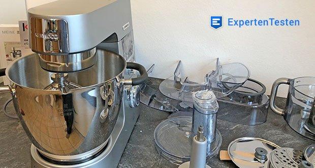 Kenwood Cooking Chef Gourmet KCC9060S Küchenmaschine im Test - Set enthält: Küchenmaschine, Spritzschutz, 5-teiliges Patisserie-Set bestehend aus K-Haken, Profi-Ballonschneebesen und Knethaken aus Edelstahl, Koch-Rührelement und Flexi-Rührelement, ThermoResist Glas-Mixaufsatz, Dampfgarsieb, Multi-Zerkleinerer inkl. Edelstahlmesser und 6 Arbeitsscheiben, Cooking Chef Gourmet Kochbuch