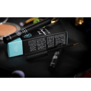 Superlative Lash Wimpernserum von Jeuxloré Cosmetics