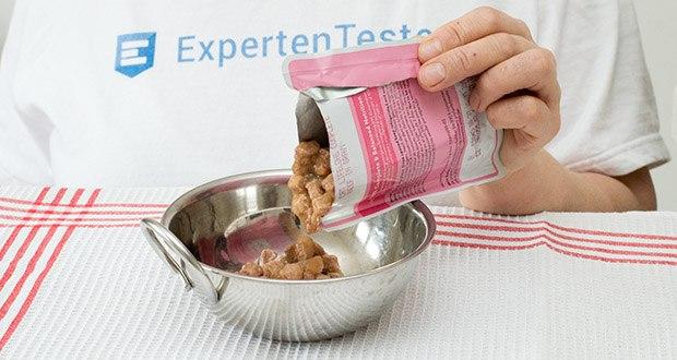 Lifelong Katzenfutter mit Fleischauswahl im Test - zubereitet mit Fleisch in Sauce