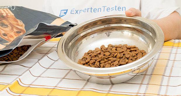Lifelong Hundefutter für ausgewachsene Hunde mit Huhn im Test - natürliche Antioxidationsmittel: Mit Früchten und Gemüse, die eine Quelle natürlicher Antioxidationsmittel sind