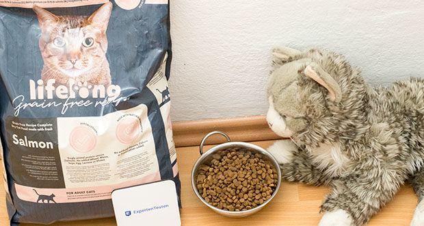 Lifelong Katzen Trockenfutter mit Lachs im Test - von Tierernährungswissenschaftlern entwickelt und von Tierärzten überprüft