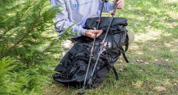 Trekkingrucksack 70L und Nordic Walking Stöcke von Steinwood im Test - ideale Wegbegleiter für jegliche Reisen