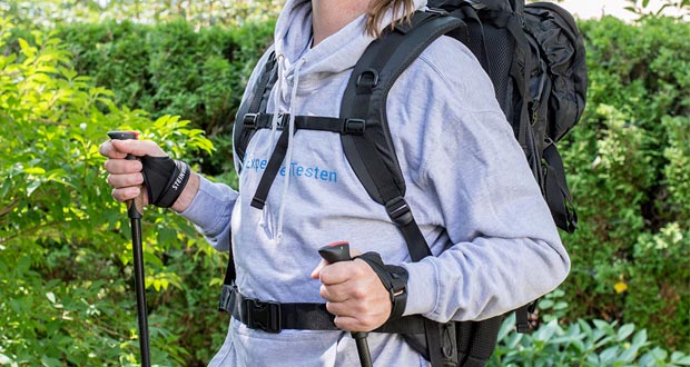 Trekkingrucksack 70L und Nordic Walking Stöcke von Steinwood im Test