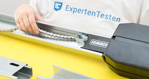 Sommer Garagentorantrieb S9080 Base+ im Test - verschleißfreie Kette für hohe Zugfestigkeit