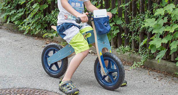 small-foot Laufrad blauer Papierflieger im Test - flink wie ein Papierflieger!