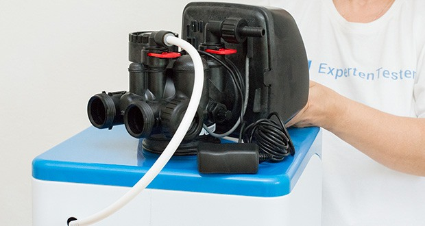LFS CLEANTEC Wasserenthärter IWKC 1000 im Test - durch den Austauschprozess wird kalkfreies Wasser mit 0°dH erzeugt