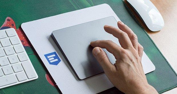 Apple Magic Trackpad 2 im Test - 4 Sensoren unter der Oberfläche des Trackpads lassen dich überall klicken und erkennen
