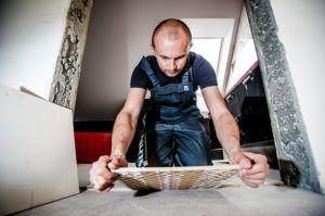 Günstiger Handwerker für Fliesen reparieren