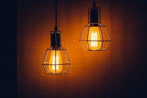 Vergleich: Kosten für Lampe installieren