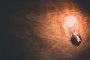 Guter Kostenvoranschlag für Lampe installieren