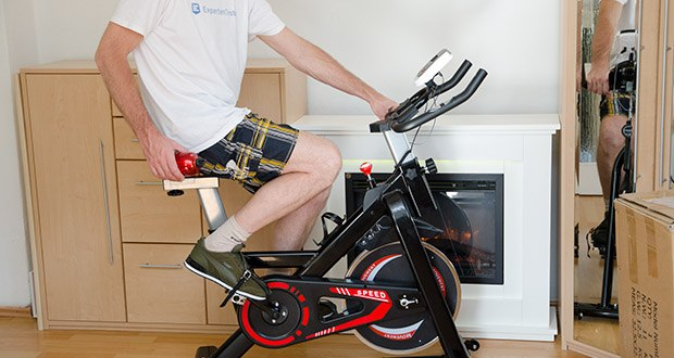 Bigzzia Profi-Heimtrainer mit LCD-Anzeige im Test - maximale Belastbarkeit 120 kg