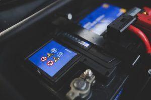 Gutes Angebot für Autobatterie wechseln