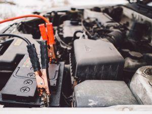 Günstiger Handwerker für Autobatterie wechseln