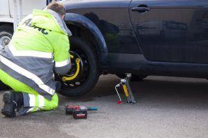 Günstiger Handwerker für Reifenwechsel