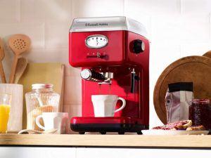 Einen guten Espresso selbst zu machen ist eine Kunst an sich. Mit genug Übung kann sehr viel mehr aus dem Kaffee herausgeholt werden.