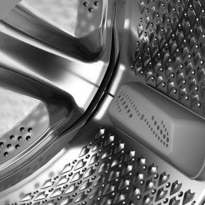 Bei einer laufenden Waschmaschine, welche über einen Frontlader bedient wird, kann immer der Waschvorgang eingesehen werden. Dadurch können Sie, im Gegensatz zum Toplader, eventuelle Probleme direkt erkennen.