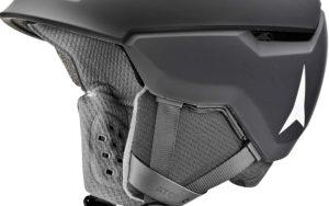 Wenn auf den Pisten viel los ist, steigt das Risiko für Unfälle. Ein Helm verhindert etwa 80% der möglichen Verletzungen.